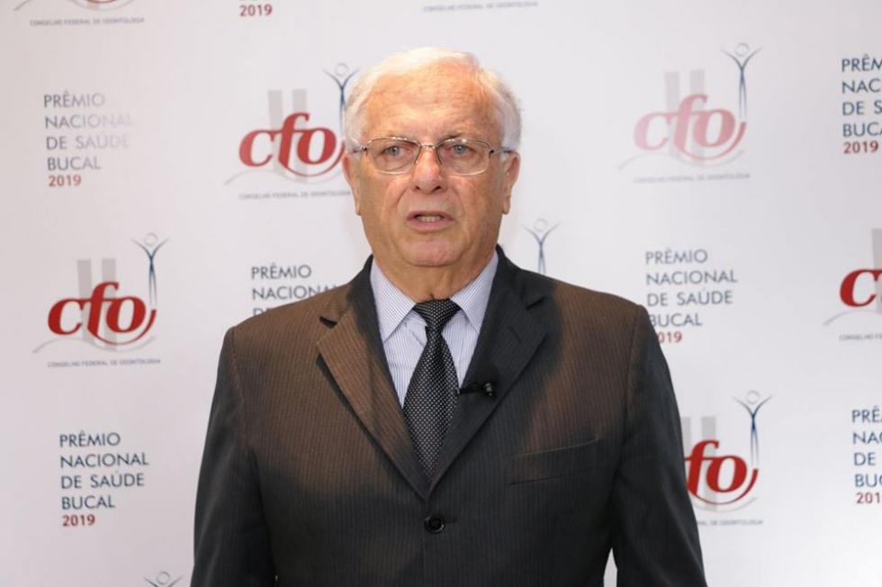 Secretário de Saúde, Paulo Zapparoli