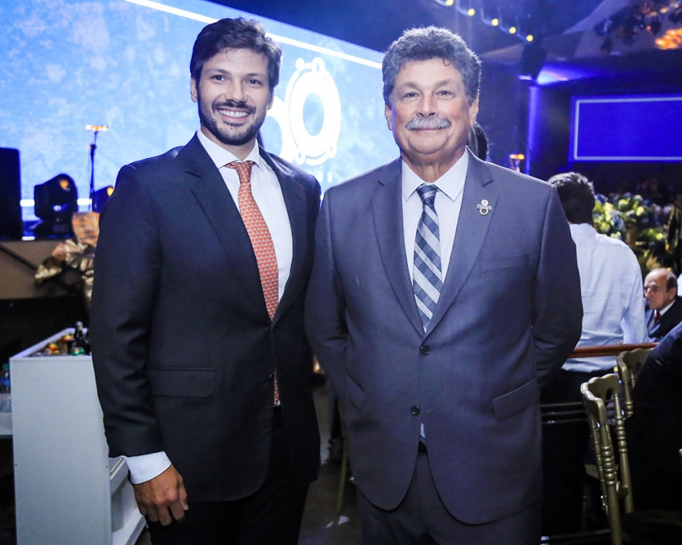 Deputado Estadual Tiago Amaral com o Presidente da Sociedade Rural do Paraná, Antônio de Oliveira Sampaio
