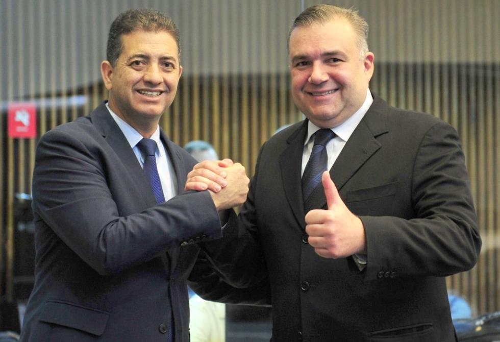 Secretário estadual de Justiça, Família e Trabalho, Ney Leprevost com o Deputado Estadual Cobra Repórter – Foto: Divulgação