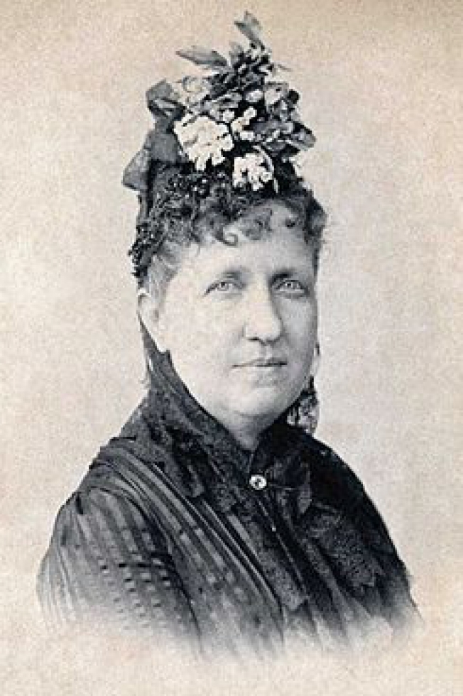 Isabel_Princess_Imperial_of_Brazil_c_1887