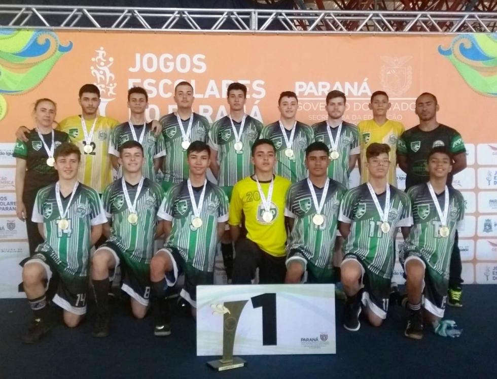 Professora Diva Pinguelli e 10 atletas de Campo Mourão foram agraciados com a bolsa-auxílio do Programa Geração Olímpica 2020 – Foto: Divulgação