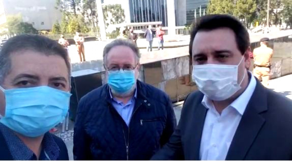 Deputados Cobra Repórter, Tercílio Turini e o governador Ratinho Júnior