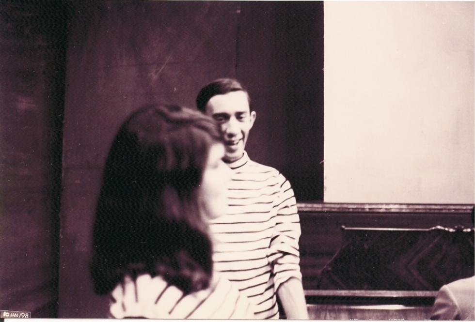 Oswaldo Diniz em ensaio do programa Bossa Total, na TV Coroados, em 1965