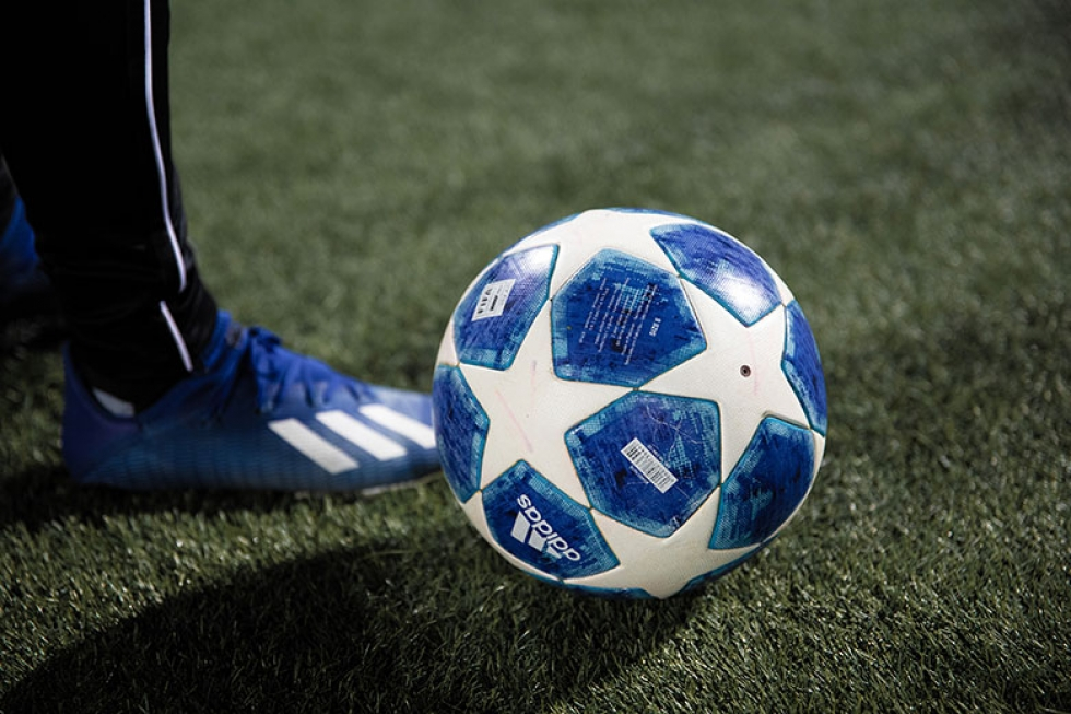 Manchester City pega o PSG e Real Madrid pega o Chelsea na penúltima etapa do torneio europeu Falta pouco para a bola rolar pelas semifinais da Champions League – Fonte: Unsplash