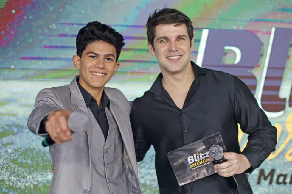 Jovem Tenor Bruno Bioza e Marcel Kogos na estreia do Programa Blitz Musical