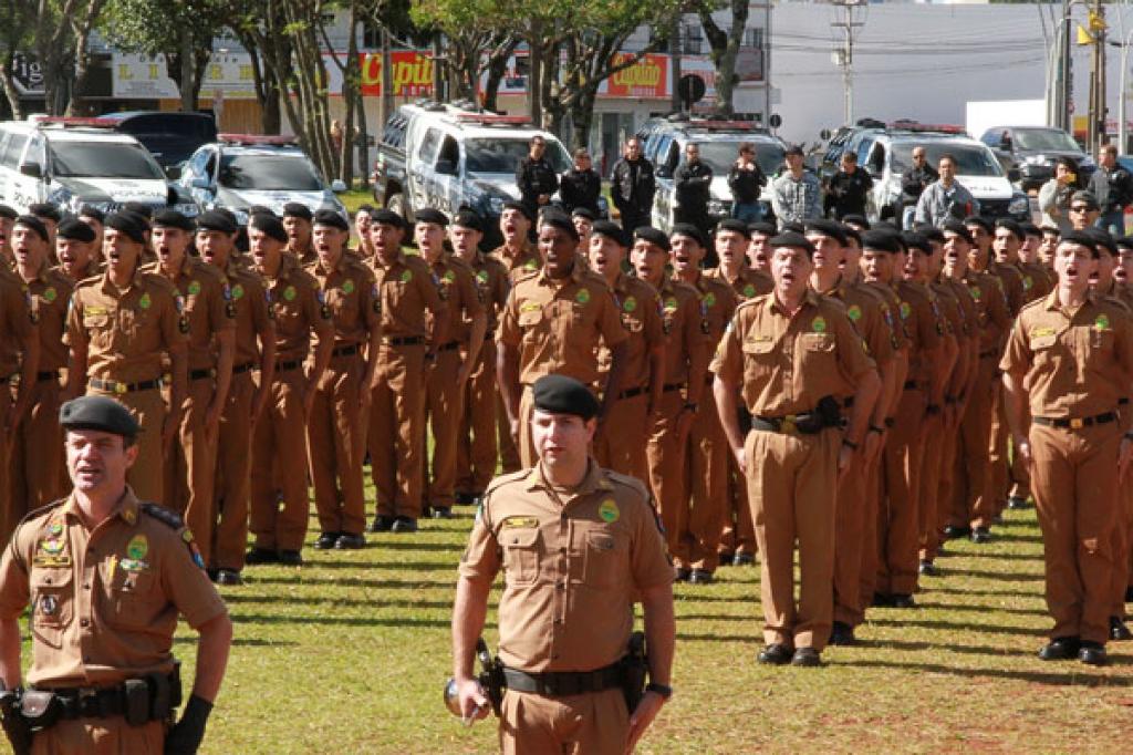 Richa recebeu quinta-feira (29), em Cascavel, os novos 531 soldados e bombeiros militares que reforçarão o policiamento nos 94 municípios das regiões Oeste e Sudoeste Foto: Daniel Meneghetti/PMPR
