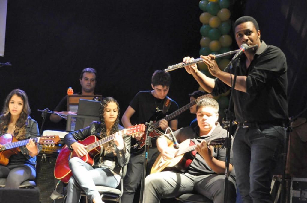 Escola de Música - Fundação Cult. de Ibiporã