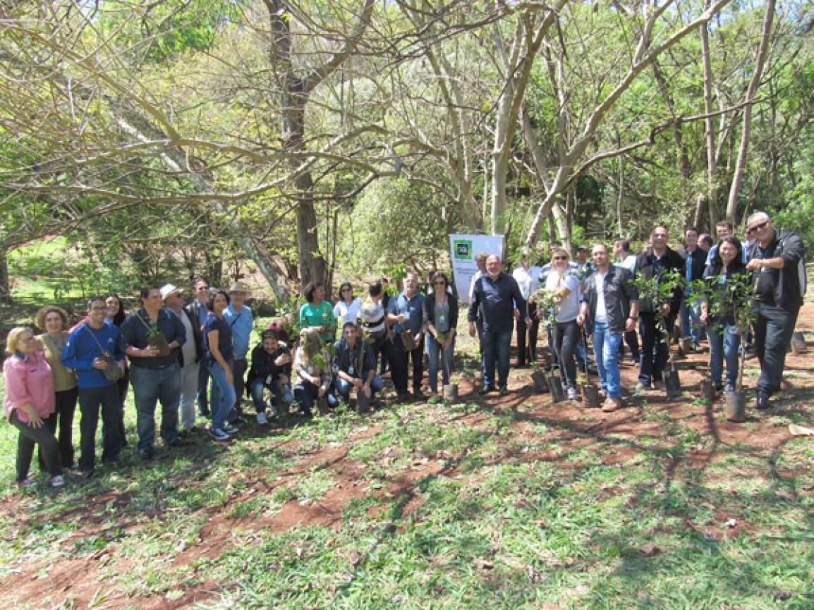 Lançamento da ISO 14001 às margens do Córrego Água Fresca - Foto: Divulgação