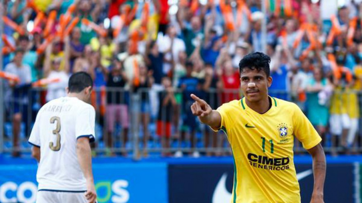Mauricinho marcou duas vezes e foi o artilheiro da competição com cinco gols Créditos: Marcello Zambrana / DGW