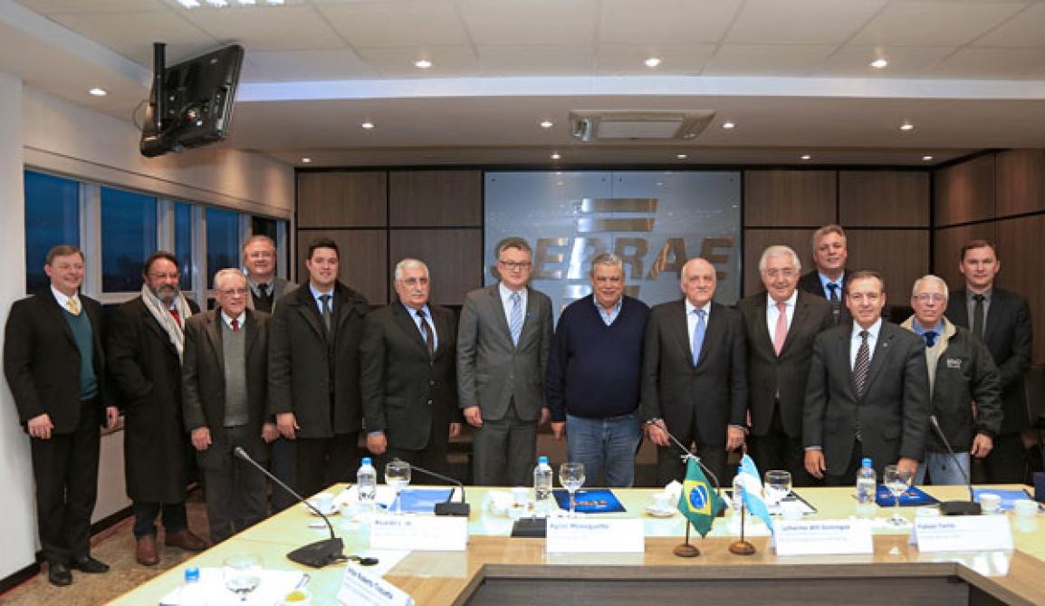 Participantes do encontro, realizado em Curitiba, no Sebrae/PR - Foto: Luiz Costa