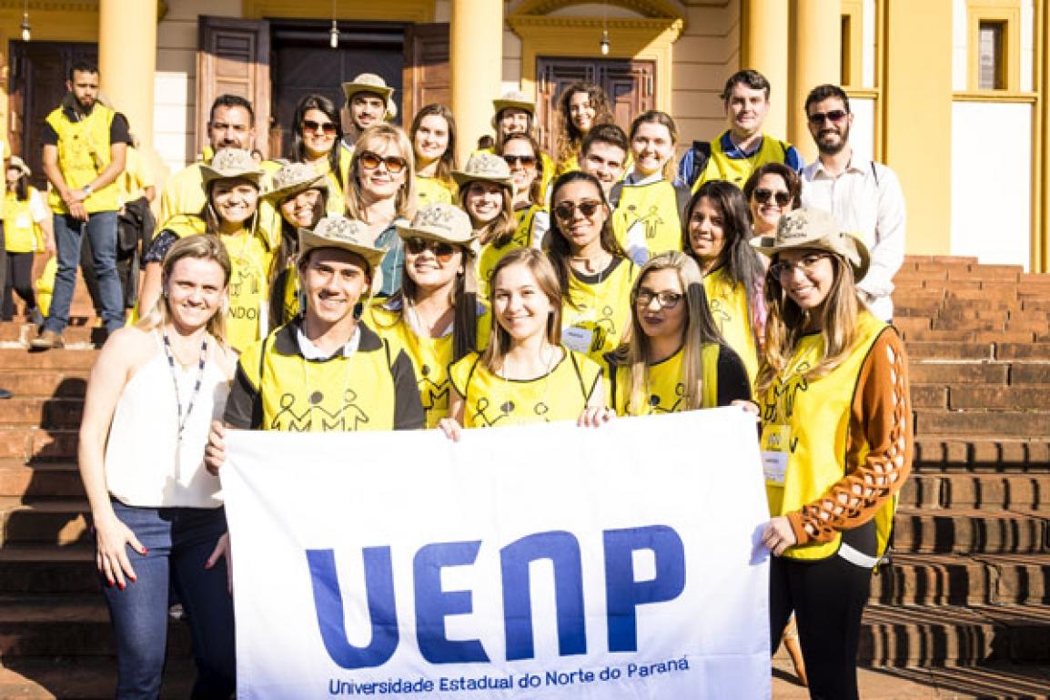 Professores e alunos da UENP que integram a operação Rondon Regional no Norte Pioneiro