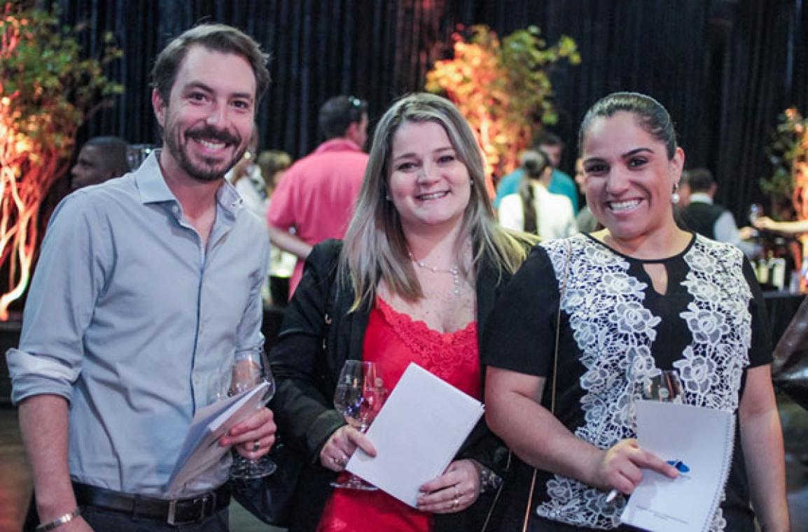Chef Pablo Lussich, Sommelier Keli Bergamo e Ana Paula Lopes, da escola Menu Londrina