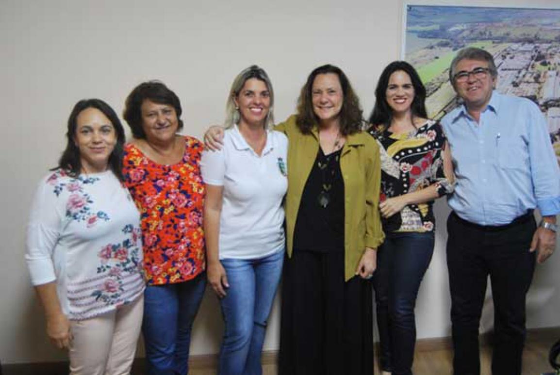 Atriz esteve no gabinete do prefeito - Foto: Bruno T. Silva/NCS/PMI