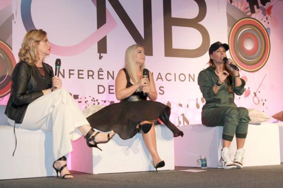 Marisa Santina, Ana Jacob e Adriane Galisteu - Fotos: Renato Cipriano / Divulgação