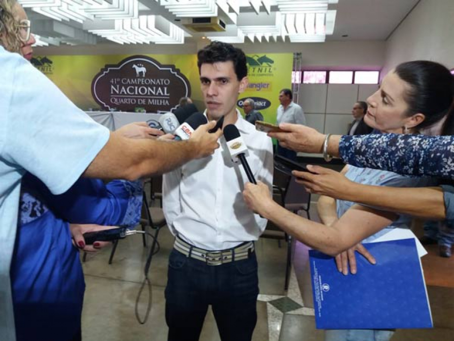 Diretor-executivo da ABQM, Daniel Costardi, presente à coletiva de imprensa. -  Foto: Divulgação