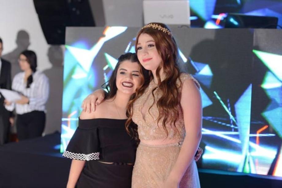 Carol Chamberlain e Giulia Garcia - Ambas atrizes de Chiquititas