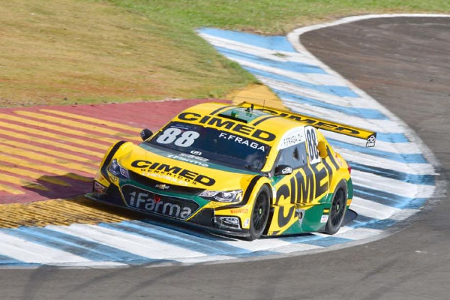 Felipe Fraga, campeão de 2016, está 17 pontos atrás do adversário - Fernanda Freixosa/Stock Car/Vipcomm