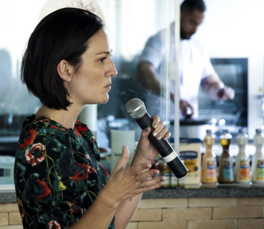 Tatiana Lanna - Unilever
