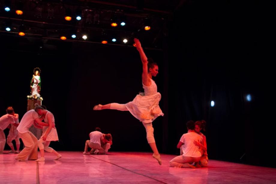 Sem Eira Nem Beira (Ballet de Londrina) - foto de Mariana Hertel
