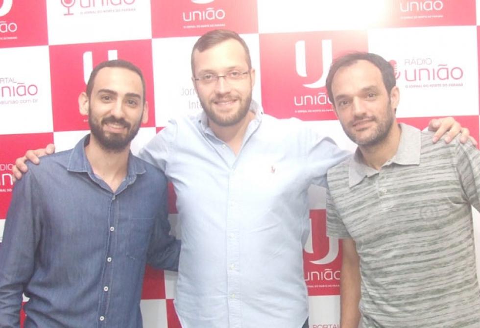 Jornalista Henrique Reis, Deputado Filipe Barros e o diretor do Jornal União, Tony Camargo.