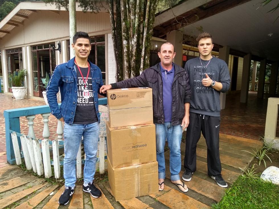Entrega de 564 doações para a Casa de Apoio e Reinserção Social Esperança Carese, em Ponta Grossa - Foto: Divulgação