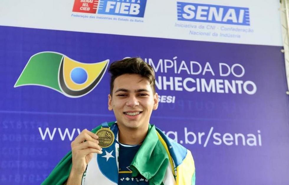Eduardo Felipe Benvegnir, de 19 anos - morador de Cascavel integra a delegação brasileira na 45ª WorldSkills