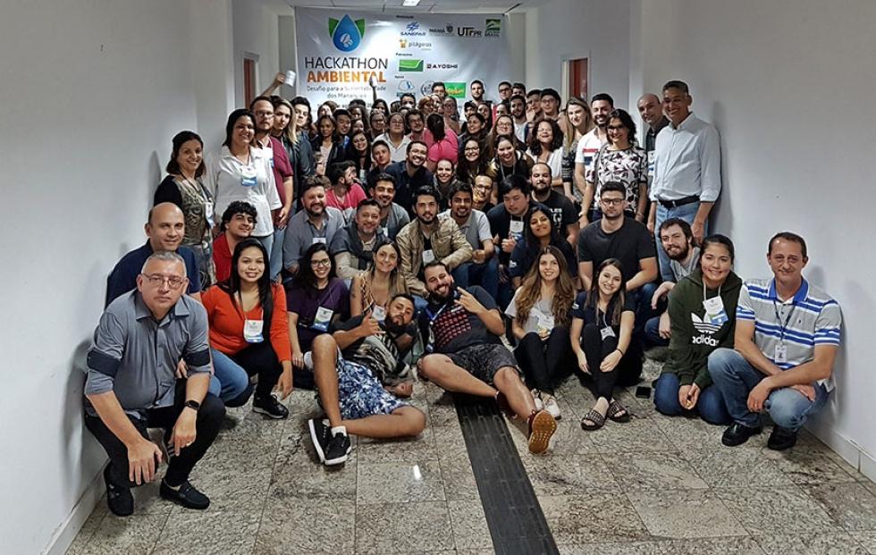 Todos os participantes do desafio ambiental